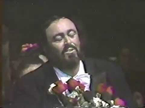 Luciano Pavarotti - Nessun dorma and speech (Monterrey, 1990)