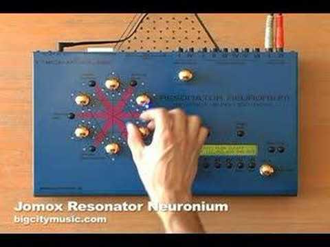 Jomox Resonator Neuronium Pt 2 with Mike