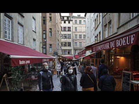 COVID-19: Макрон отменил ночную жизнь в Париже