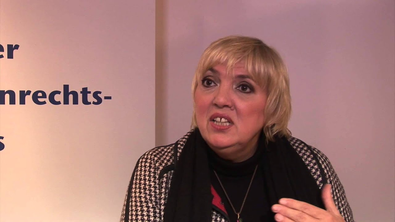 Interview Claudia Roth - YouTube