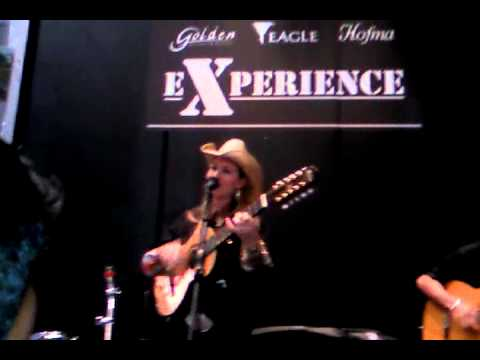 Bruna Viola - Expomusic 2010 - Stand Eagle Travel Video