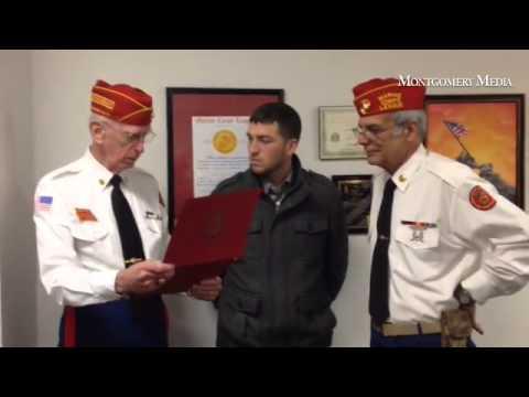 Army veteran Ryan Berk accepts Distinguished Service Award from The Marine  Corps League Patriot Deta
