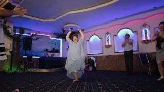 Индийский танец один из сюрпризов на свадьбе Игоря и Кристины