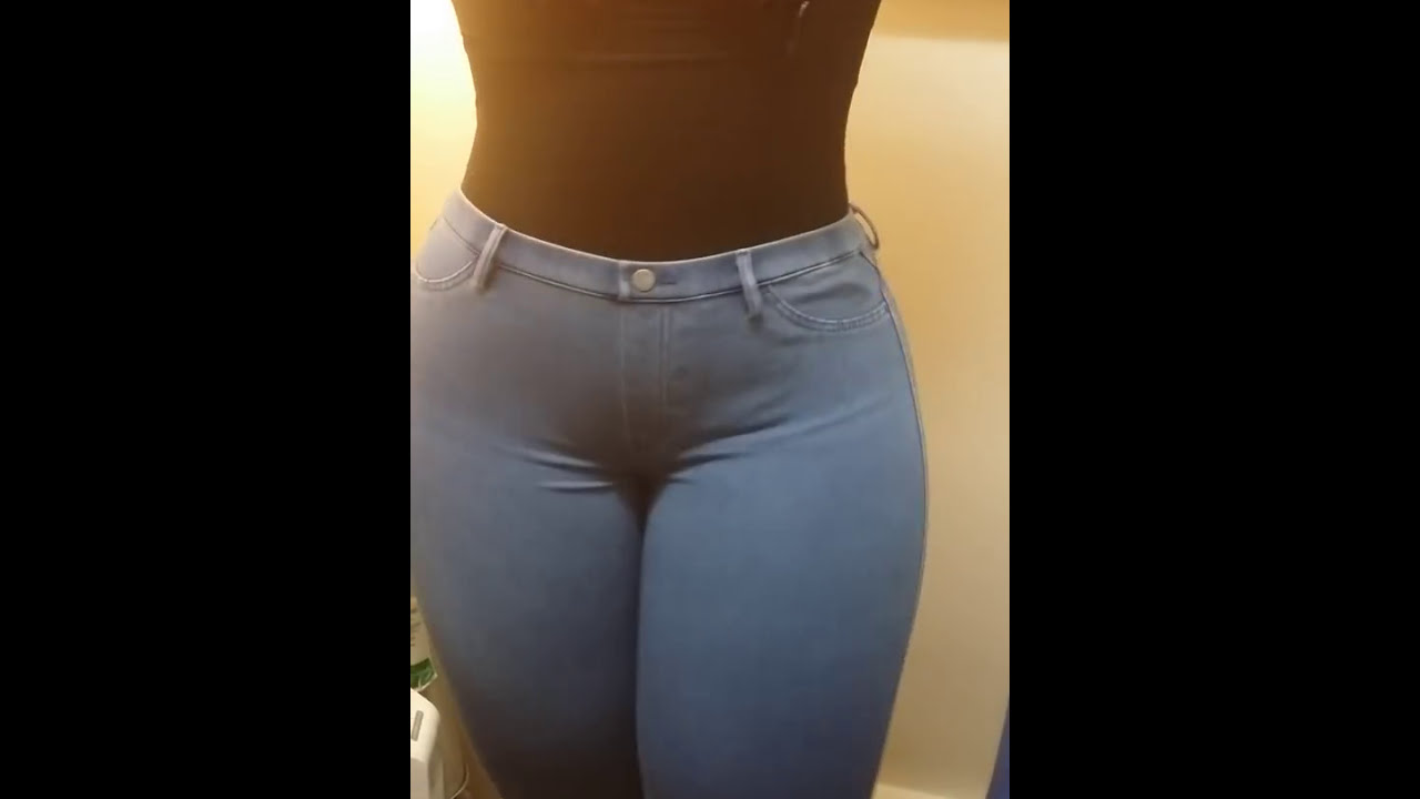 Fat Ass In Jeans 42
