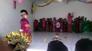Download Video Lomba Busana Anak TK, menyambut Hari Kartini MP3 3GP MP4