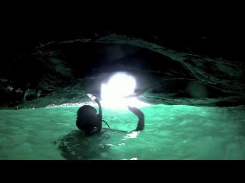 Exploring the Secret Sea Cave at Riding Rocks - Bimini, Bahamas