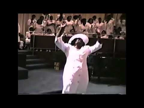 Over 1 Hour Of Old School Church Of God In Christ Anointed Singing, Praying, Praise Break Mix!