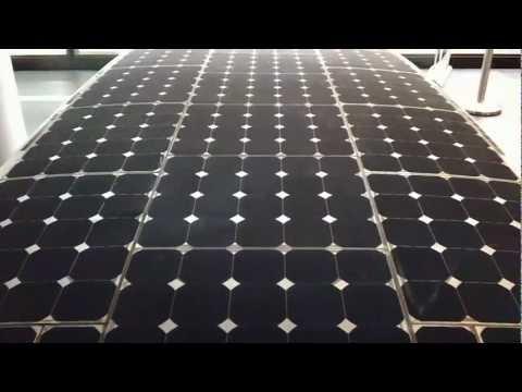 Worlds fastest solar powered vehicle