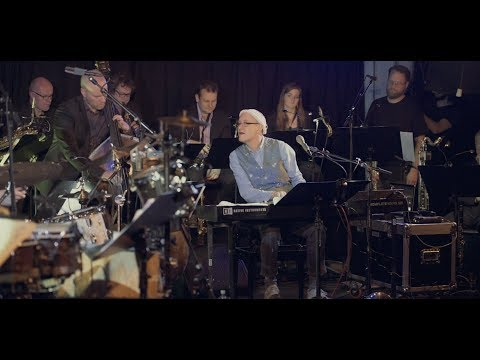 Django Bates & Bergen Big Band: Säd Afrika / Childrens Game