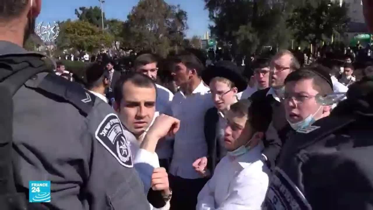 فيروس كورونا.. مواجهات بين اليهود المتشددين وقوى الأمن في إسرائيل احتجاجا على تدابير الإغلاق العام  - نشر قبل 12 ساعة