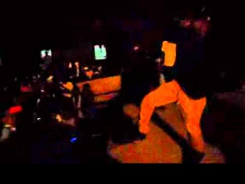 Omzo Dollar Concert Bass o lycée Abdoulaye Sadji 14 Avril 2012