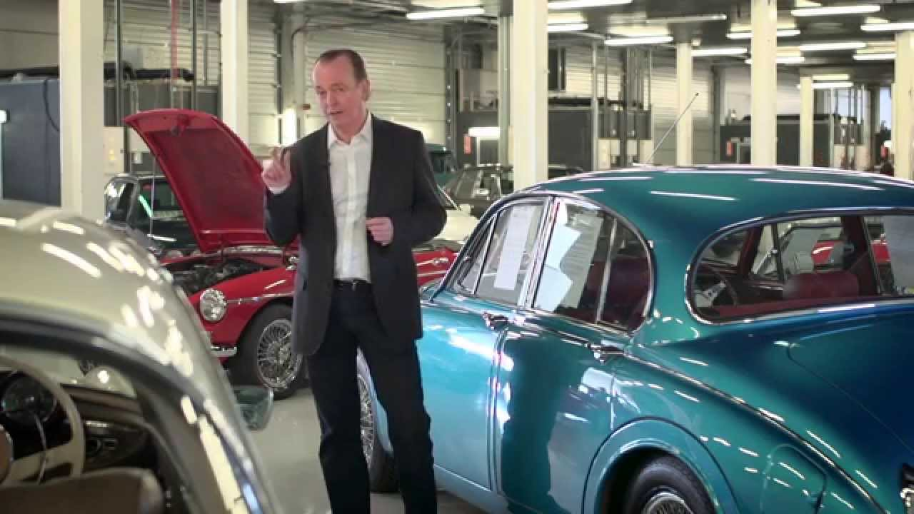 How to buy a classic car at auction...with Quentin Willson - YouTube