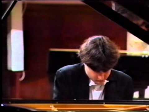 Alexei Sultanov performs Chopin's Scherzo №2 b-moll