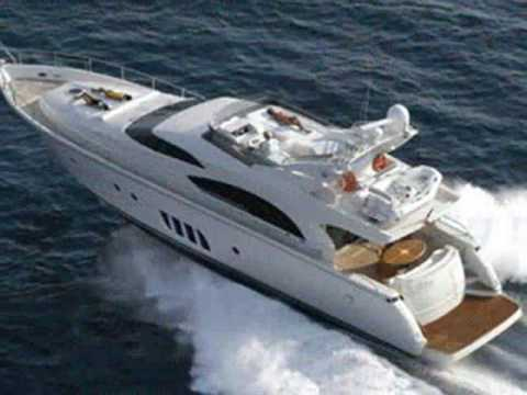 Charter motor yacht Xtreme Greece.wmv