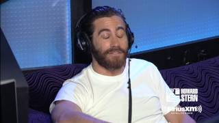 "Jake Gyllenhaal Remembers How He Was Almost In ""The Mighty Ducks"""