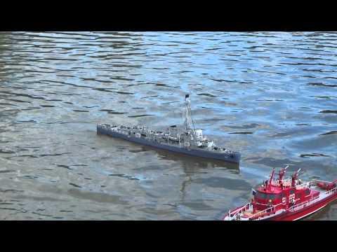 Offshore Club de Paris 2015 : le destroyer RC USS Riddle de Raymond