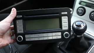 Fitting MP3/iPhone/AUX Connection for VW Passat B6 RCD300/500 radio/CD to play MP3/Aux