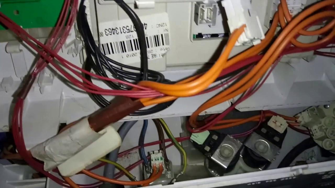 Что делать,  если не включается стиральная машина Whirlpool AWE7515/1. Самостоятельный ремонт.