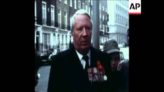 SYND 9 11 75 CAR BOMB FOUND OUTSIDE EDWARD HEATH