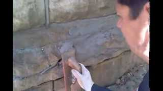 How to restore crumbled sandstones