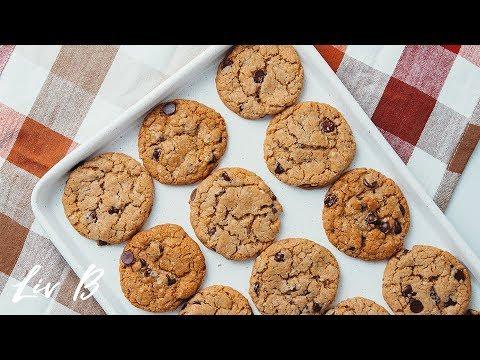 Almond Butter Oatmeal Cookies (vegan)