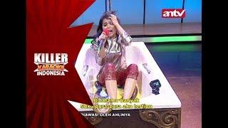 Rahmi ditemani oleh ular ketika menyanyi di Bathtub! – Killer Karaoke Indonesia