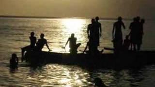 Alain Ramanisum - Fiesta Ravana