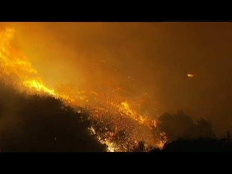 Big Sur fire burns fire chief's home
