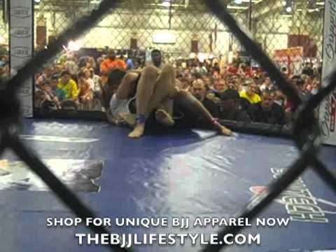 Jiu Jitsu Grappling Super Match: Joao Bosco vs Rob Couillard
