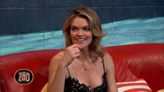 Missi Pyle Makes Fun of Host's Kimono | The Zoo