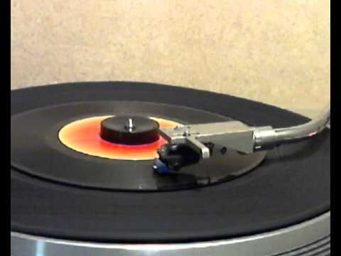 The Amazing Rhythm Aces - Third Rate Romance [stereo 45 version]