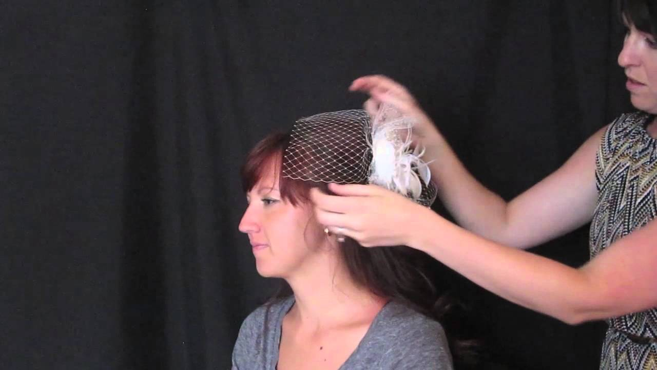 8c6b57a5705bc Four ways to wear a Bandeau birdcage veil