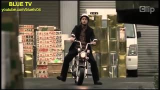 Đau ruột với thanh niên cứng đi xe máy