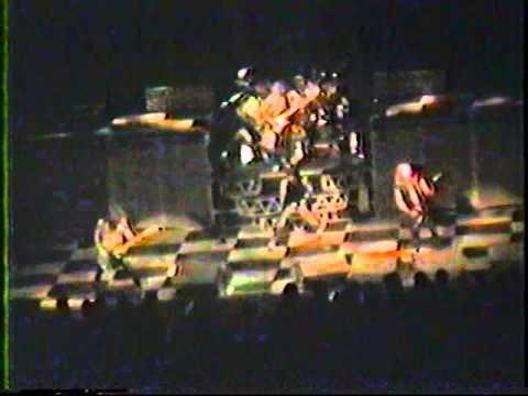 Iron Maiden - Live 1983 - (World Piece Tour, Montreal)