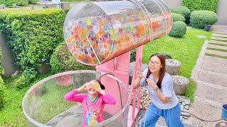 Dunk Tank with Giant slime balls