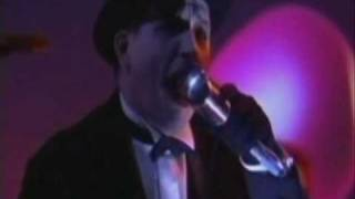 The Damned - New Rose (Live at Jonathan Ross Show)