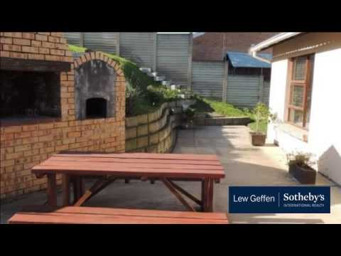 3 Bedroom House For Sale in Dorchester Heights, East London, Eastern Cape, South Africa for ZAR 1...