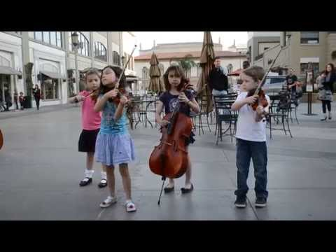 Los Angeles Children's Orchestra - Flash Mob Practice