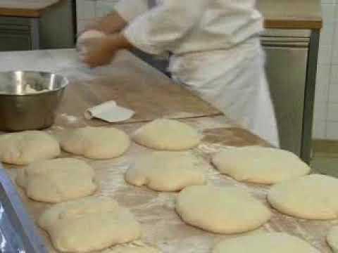 Pains: techniques qui font le pain: le Boulage Préformage