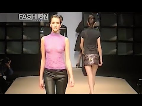ROBERTO CAVALLI Fall Winter 1998 1999 Milan - Fashion Channel