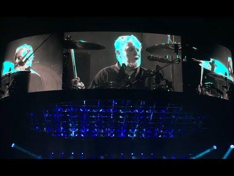 Queen + Adam Lambert (Roger Taylor) - I'm In Love With My Car (Helsinki 19.11.2017)