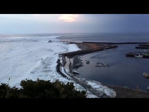 飯岡漁港を襲う津波 2011年3月11日 Japan hits tsunami 3.11