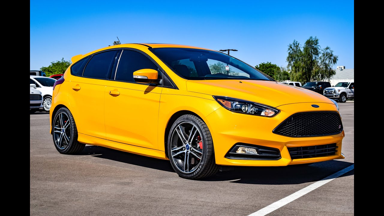 2016 ford focus st tangerine scream walkaround youtube. Black Bedroom Furniture Sets. Home Design Ideas