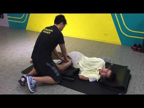 2017 Nov. Massage,  Wu, Zong-Mao大腿外側