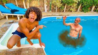 مقلب الاحراج فى حمام السباحه !