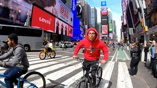 ⁴ᴷ⁶⁰ Walking NYC : Times Square and Hell's Kitchen (March 30, 2019)