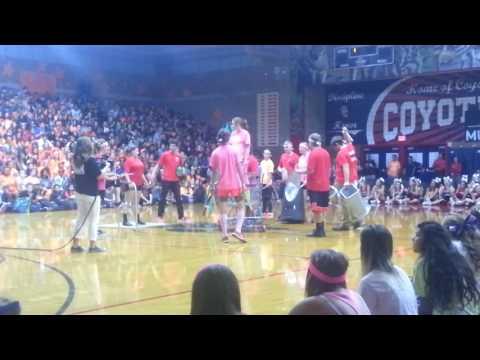 CeHS Drumline Homecoming 2016