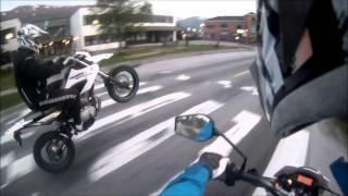 Yamaha WR 125 / Derbi drd 125 - Wheelie