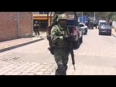 Escena del crimen de candidato de Morena en Apaseo el Alto, Gto.