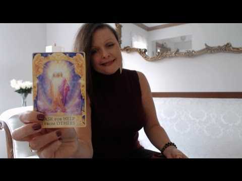 Free Daily Oracle & Tarot Intuitive Angel Card Reading - Monday Jan 16, 2017